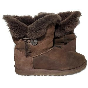 Ugg Bailey Button Womens Girls Boots Suede Size 6
